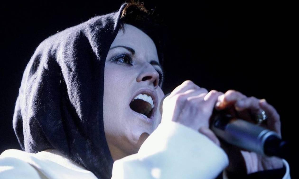 Dolores O' Riordan: Οι Cranberries, η διπολική διαταραχή και ο ξαφνικός θάνατός της