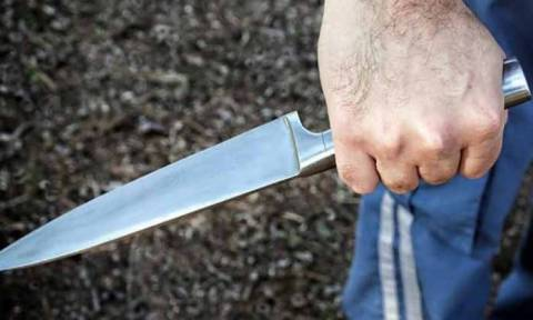 На Кипре пьяный иностранец угрожал ножом пассажирам в городском автобусе