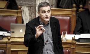 Τσακαλώτος στη «Le Monde»: Σημαντική η ιδέα ενός Ευρωπαίου υπουργού Οικονομικών