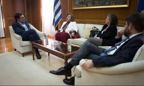 Τσίπρας σε Μεγαλοικονόμου: Θετική η συστράτευση ανθρώπων του πολιτικού κέντρου
