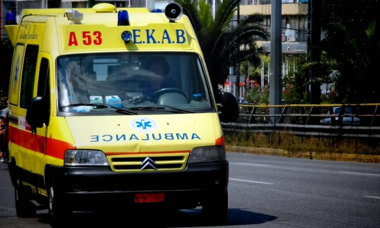 Κακοκαιρία: Θυελλώδεις άνεμοι σαρώνουν την Πάτρα - Γυναίκα τραυματίστηκε στο κεφάλι (pics&vid)