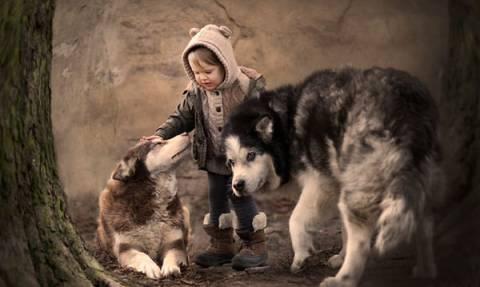 Παιδιά με ζώα: Οι ωραιότερες φωτογραφίες που έχετε δει