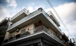 Άγιοι Ανάργυροι: Διάρρηξη - μυστήριο στο σπίτι του αστυνομικού που σκότωσε την οικογένειά του