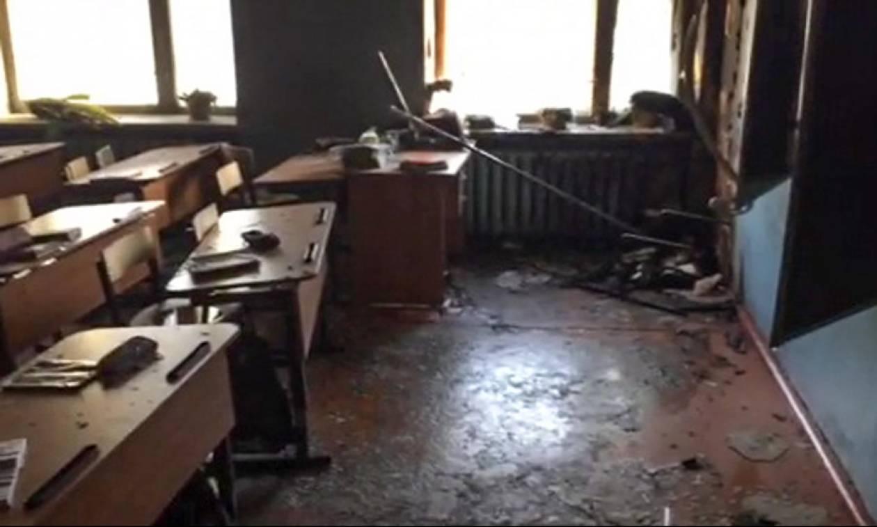 Φρικτή επίθεση σε σχολείο στη Ρωσία: Έκοβε τα δάχτυλα των συμμαθητών του με τσεκούρι (Vid)