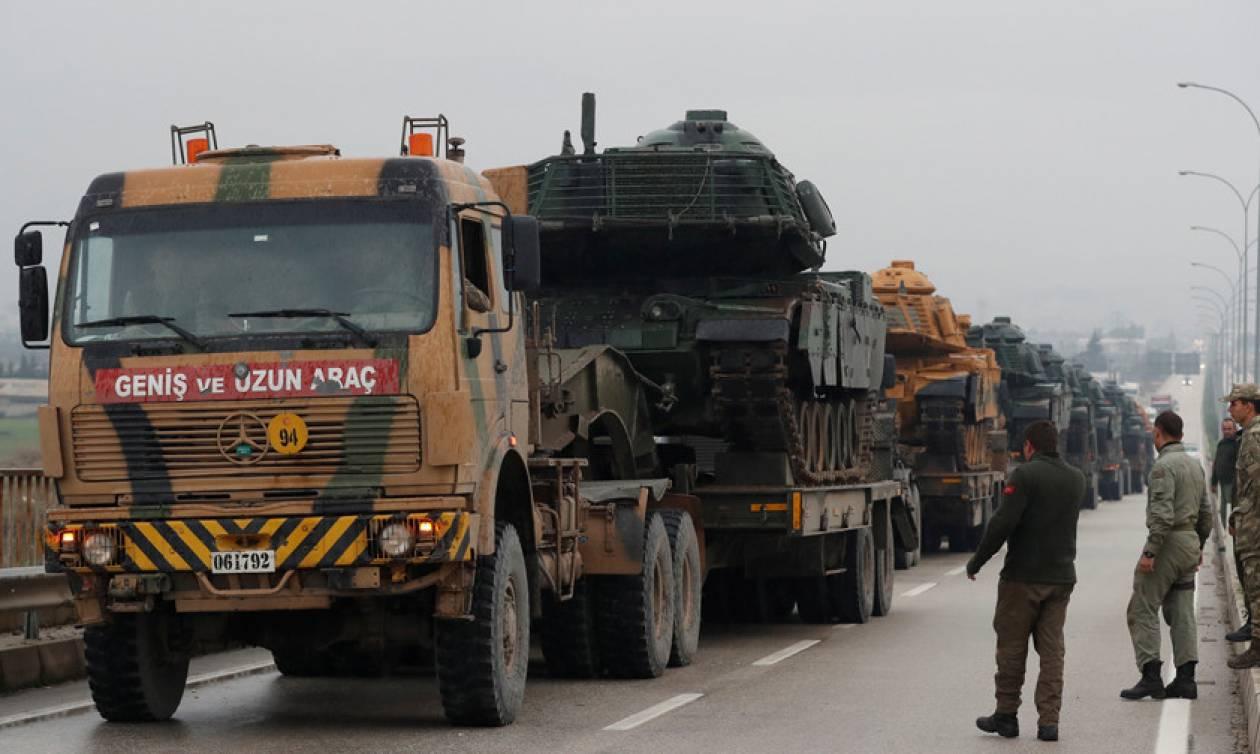 Έτοιμη να εισβάλει στη Συρία η Τουρκία παρά τις έντονες διεθνείς αντιδράσεις (Vids)