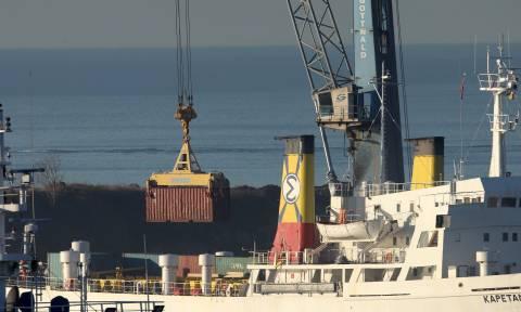 Θεσσαλονίκη: Σε εξέλιξη η επιχείρηση μεταφοράς των 410 τόνων εκρηκτικών σε στρατόπεδο των Σερρών