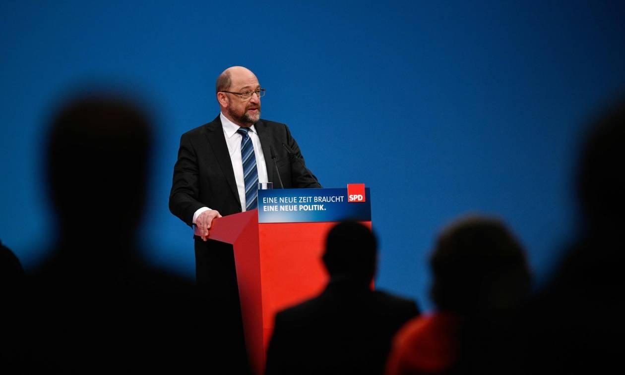 SPD: «Πράσινο φως» για κυβέρνηση συνασπισμού με τη Μέρκελ