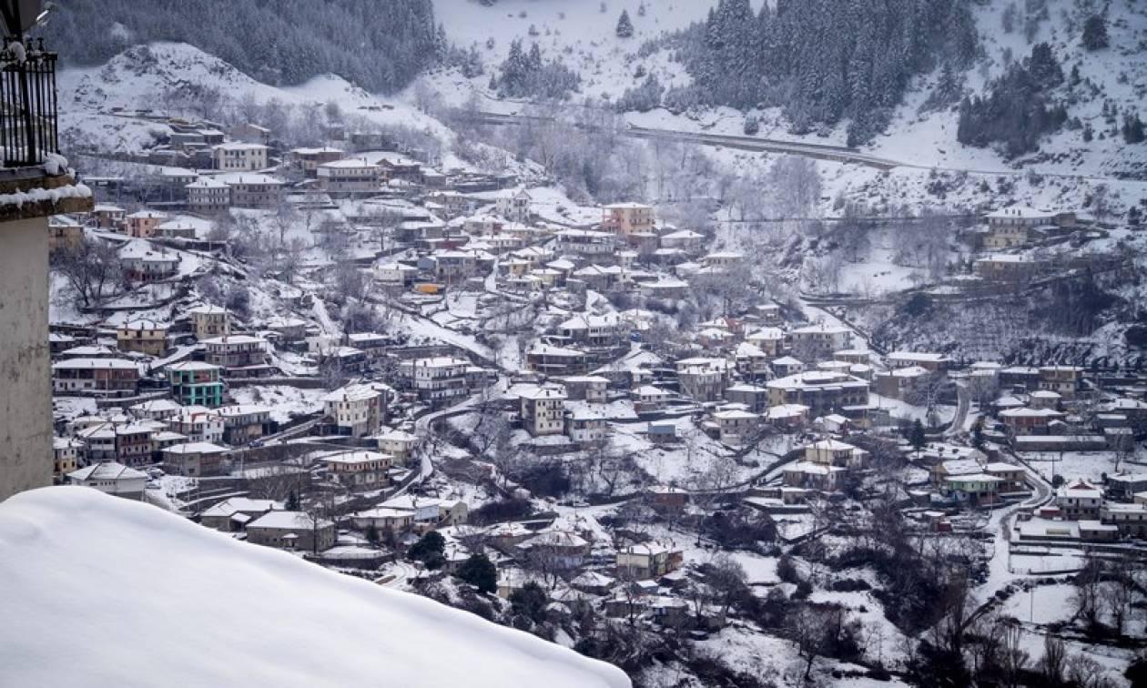 Το χιονισμένο Μέτσοβο μέσα από τον φωτογραφικό φακό: Ποια Ελβετία και ποιες Άλπεις;