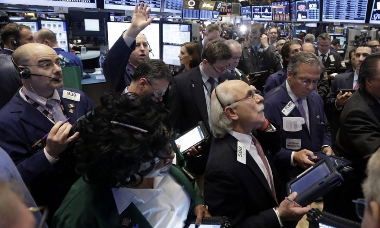 Wall Street: Επιστροφή στα κέρδη μετά την παύση των λειτουργιών της ομοσπονδιακής κυβέρνησης