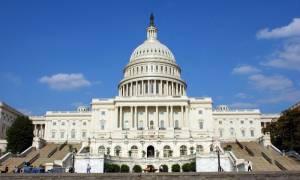 ΗΠΑ: Η Γερουσία ενέκρινε σχέδιο νόμου για να τερματιστεί η αναστολή λειτουργίας του Δημοσίου