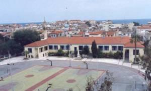 Νέα της Κρήτης : Ύψωσαν την αλβανική σημαία σε σχολείο (pic)