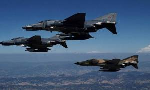 Τουρκία: Μετά τη Συρία τουρκικά μαχητικά βομβαρδίζουν τώρα και το Ιράκ
