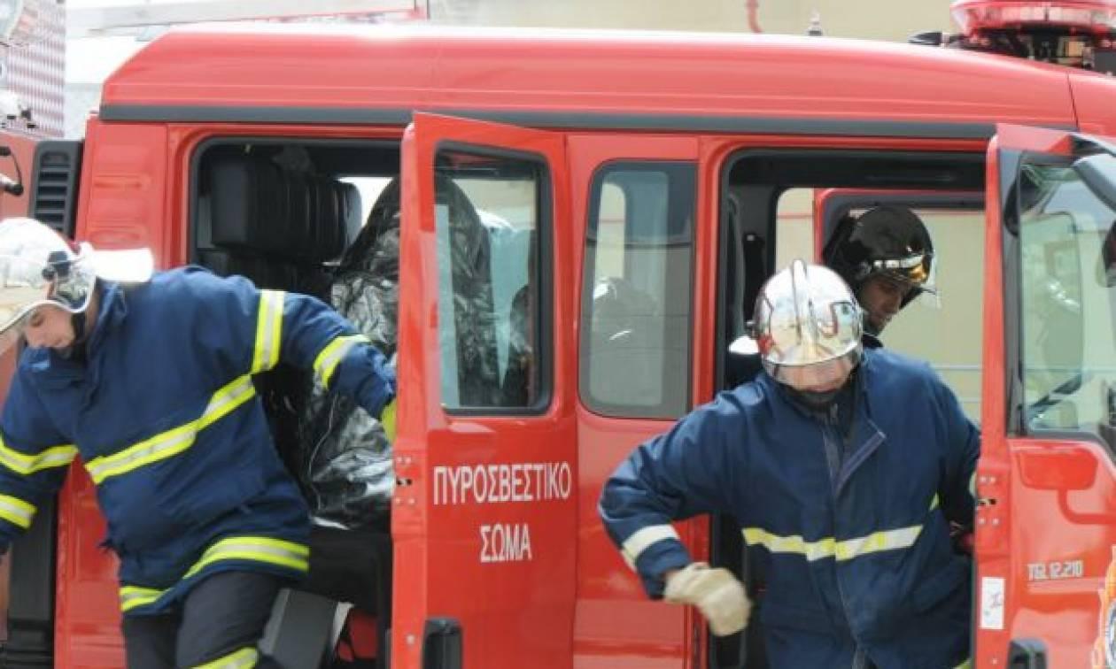 Συναγερμός στην Κέρκυρα: Στις φλόγες λεωφορείο των ΚΤΕΛ με τρεις επιβαίνοντες