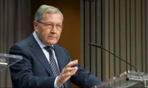Ρέγκλινγκ: Ευνοϊκές οι εξελίξεις στην Ελλάδα – Συνέχιση της επιτήρησης και μετά το Μνημόνιο