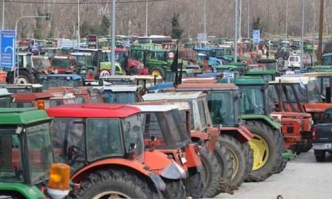 Греческие фермеры начинают блокировать национальные трассы