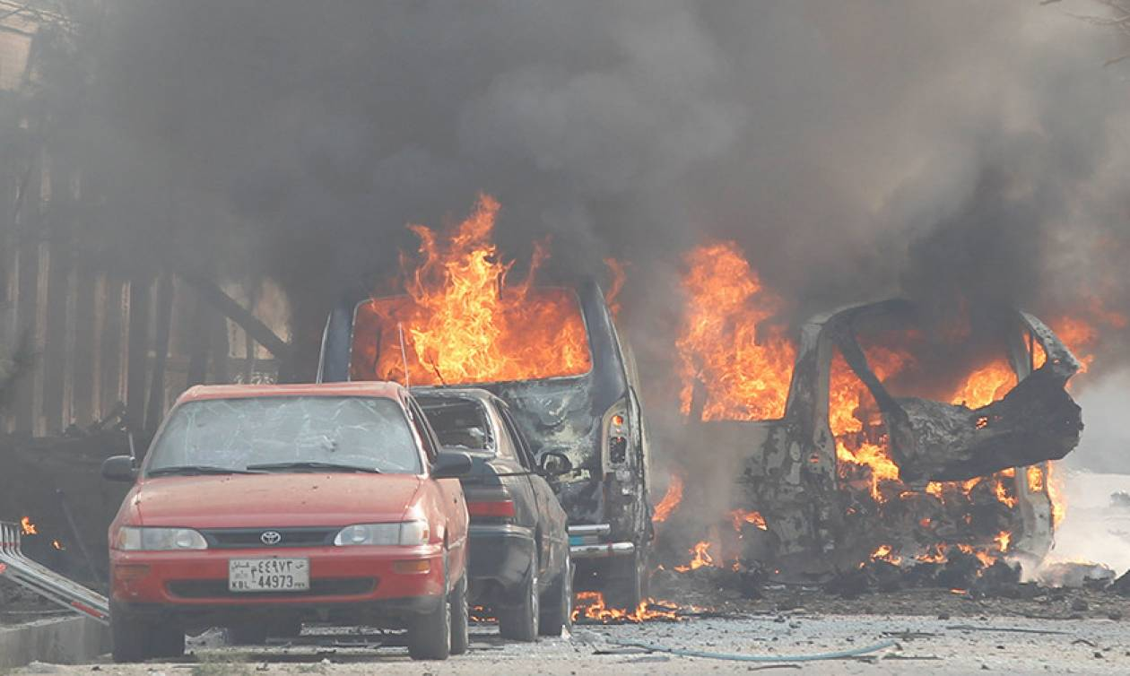 Συναγερμός στο Αφγανιστάν: Ένοπλη εισβολή και ομηρεία σε εξέλιξη (Pics)
