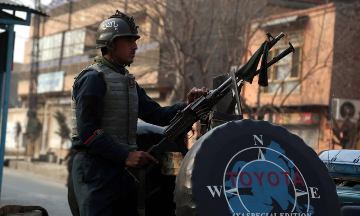 Αφγανιστάν: Ένας νεκρός και 14 τραυματίες από την επίθεση εναντίον της ΜΚΟ Save the Children