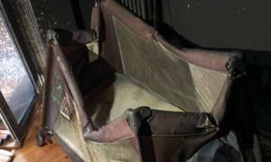 Εικόνες - ΣΟΚ μέσα από το φλεγόμενο διαμέρισμα με το αβοήθητο βρέφος