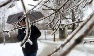 Καιρός: Χιόνια και θυελλώδεις άνεμοι - Πότε υποχωρούν τα φαινόμενα