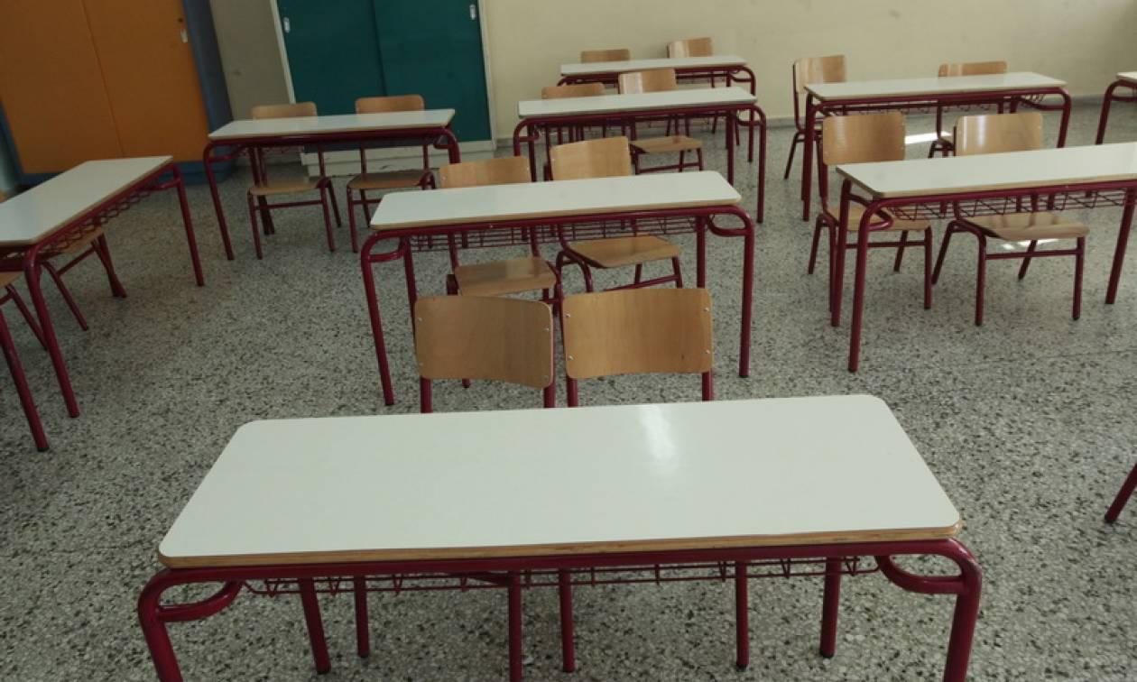 Θεσσαλονίκη: Διαμαρτυρία για κρούσματα λεπτοσπείρωσης σε σχολείο στην Πυλαία