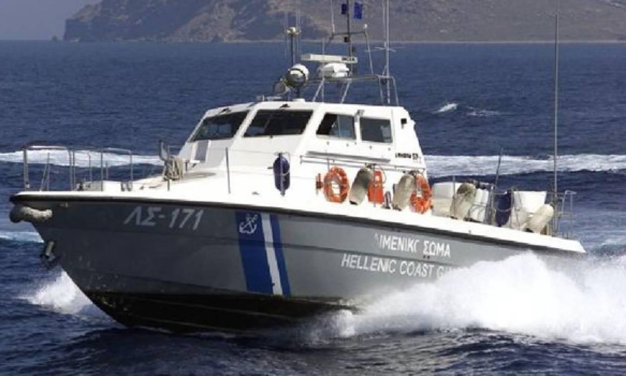 Συναγερμός στο Ρέθυμνο: Πτώμα γυναίκας επέπλεε γυμνό στη θάλασσα
