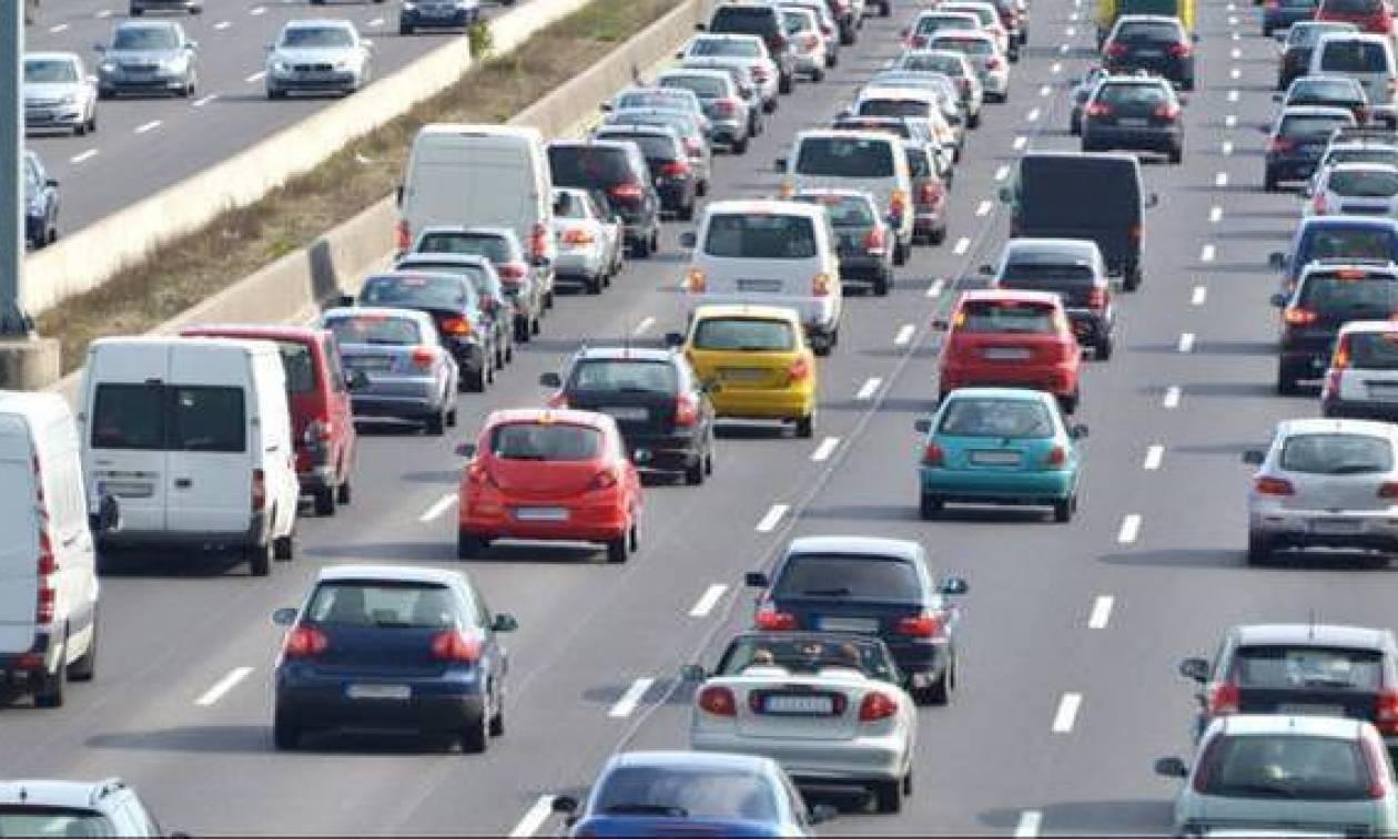 Τέλη κυκλοφορίας 2018: Τι αλλάζει με τις χρεώσεις και τα οχήματα σε ακινησία