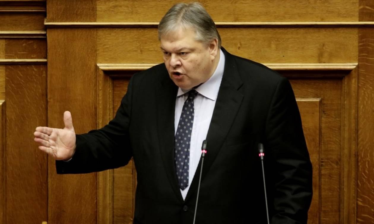 Βενιζέλος: Τα Σκόπια έχουν συμφωνήσει για την αλλαγή του συντάγματός τους από το 1995