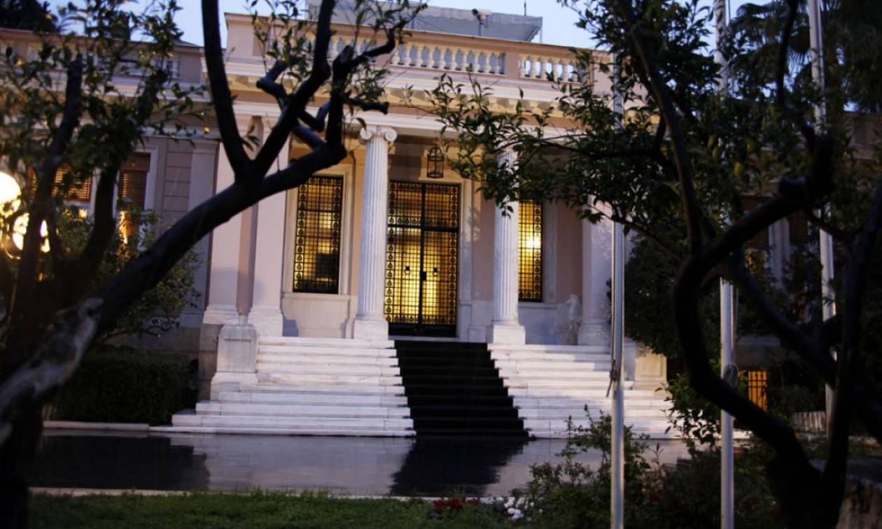 Ραγδαίες εξελίξεις στο Σκοπιανό: Τι ειπώθηκε στο μίνι υπουργικό – Στον Παυλόπουλο ο Τσίπρας