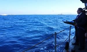 Ίμια: Ο Καμμένος καταθέτει στεφάνι για τους νεκρούς ήρωες και οι Τούρκοι προκαλούν