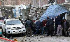 Θρήνος στην Καμπούλ: Στους 103 οι νεκροί της τρομοκρατικής επίθεσης από τους Ταλιμπάν (pics)