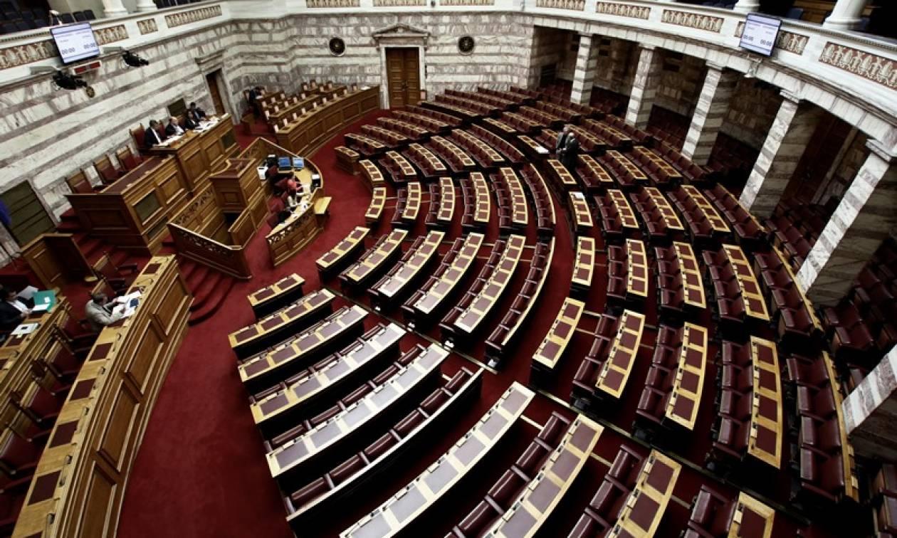 Το ΛΑ.Ο.Σ. αποκτά εκπρόσωπο στη Βουλή: Στο κόμμα Καρατζαφέρη πρώην Βουλευτής της Χ.Α.