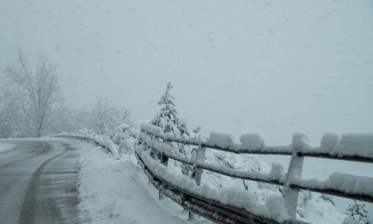 Αλλάζει ο καιρός: Έρχονται καταιγίδες και χιόνια – Σε ποιες περιοχές τα φαινόμενα θα είναι ισχυρά
