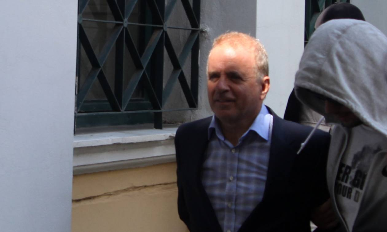 Σκάνδαλο εξοπλιστικών: Απαλλαγή Λιακουνάκου και άλλων 16 κατηγορουμένων πρότεινε ο εισαγγελέας