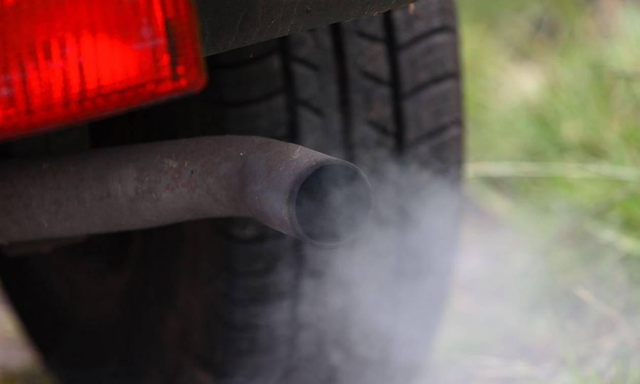 Σοκαρισμένη η Κομισιόν από τα πειράματα σε ανθρώπους με καυσαέρια αυτοκινήτων!
