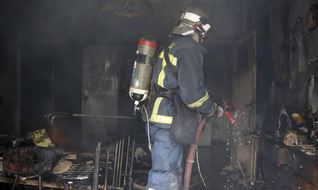 Τραγωδία στην Κάρυστο: Νεκρός ηλικιωμένος μετά από φωτιά στο σπίτι του