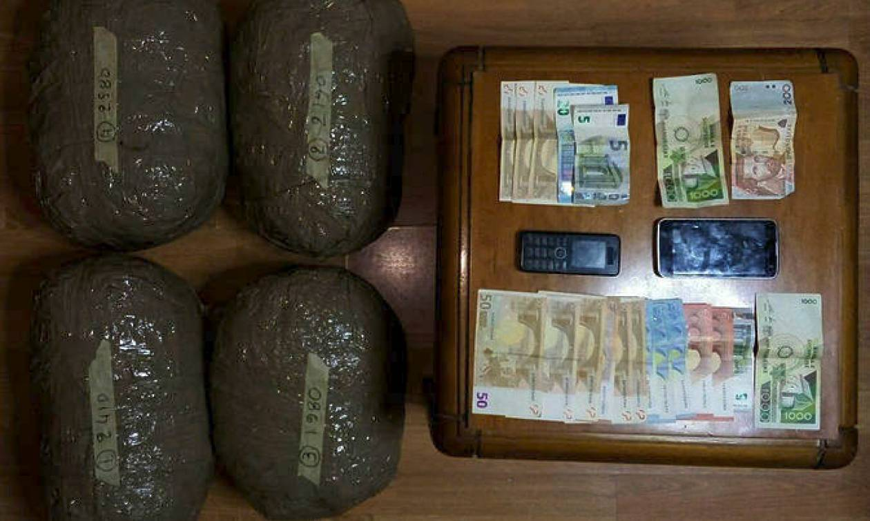 Καστοριά: Στα χέρια της Αστυνομίας δύο Αλβανοί με εννέα κιλά ακατέργαστης κάνναβης
