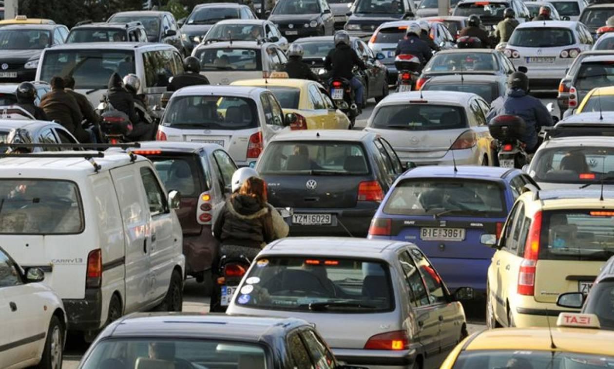 Κυκλοφοριακό αλαλούμ στους δρόμους της Αθήνας – Ποιες περιοχές να αποφύγετε