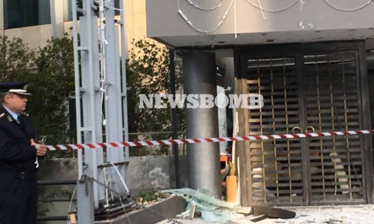Έκρηξη Κηφισίας: Η στιγμή που ο δράστης βάζει τη βόμβα στο κατάστημα επίπλων (vid)