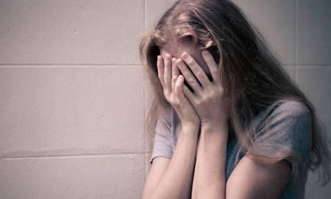 Σοκ: 63χρονος καθηγητής παρενόχλησε 9χρονη μαθήτριά του