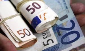 Στο μάτι της εφορίας λογαριασμοί και συναλλαγές με εξωτερικό