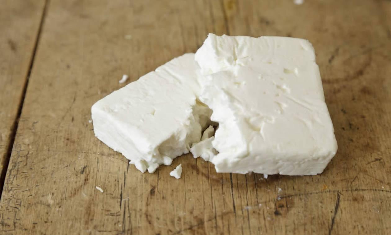 Στον… κόσμο τους οι Δανοί: Παραβίασαν τη νομοθεσία της ΕΕ πουλώντας λευκό τυρί ως «φέτα»