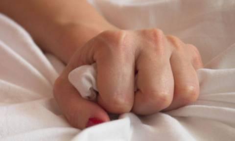 Ο λόγος που οι γυναίκες φωνάζουν στο κρεβάτι δεν είναι ΚΑΘΟΛΟΥ κολακευτικός για εσένα...