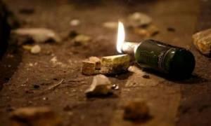 Επιτέθηκαν  με μολότοφ κατά των ΜΑΤ στη Χαριλάου Τρικούπη