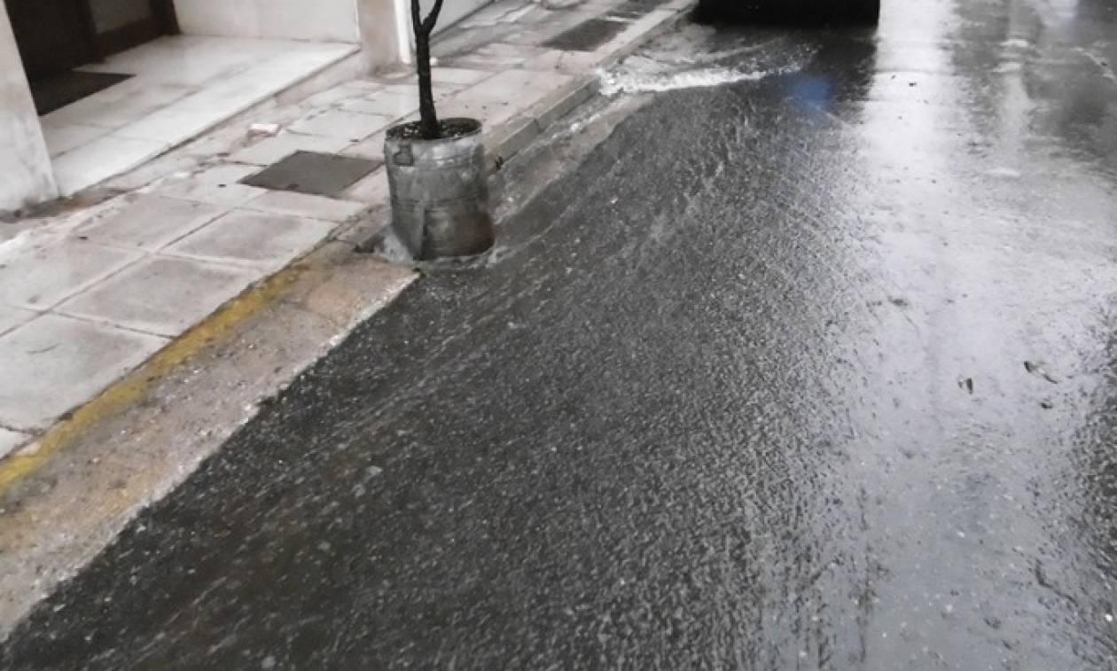 Καιρός: Προσοχή! Ποιοι δρόμοι έκλεισαν λόγω κακοκαιρίας - Πού θα «χτυπήσει» σε λίγες ώρες