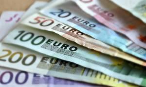 Χρέη στην Εφορία: Πώς να ρυθμίσετε τις οφειλές  για να γλιτώσετε την κατάσχεση