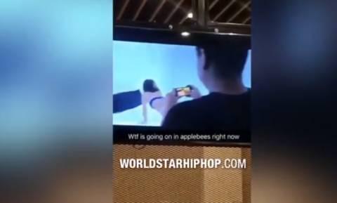 Εστιατόριο έπαιξε κατά λάθος ταινία πορνό στις τηλεοράσεις! (video)