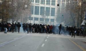Συλλαλητήριο για τη Μακεδονία: Επεισόδια στο κέντρο της Αθήνας