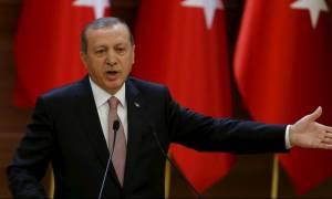 Ο Ερντογάν δεν ανακοινώνει ακόμα ποιοι ανατίναξαν το τουρκικό τανκ στη Συρία