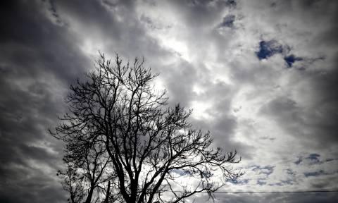 Καιρός: Συννεφιασμένη Δευτέρα – Πού θα βρέξει