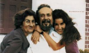 Συλλαλητήριο Αθήνα: Έξαλλη η κόρη του Ρίτσου για το άκουσμα της «Ρωμιοσύνης» στο Σύνταγμα